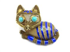 Hey, I found this really awesome Etsy listing at https://www.etsy.com/listing/189834527/silver-filigree-cat-brooch-enamel-and