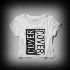 アバクロ レディース Tシャツ Abercrombie&Fitch Brieann Tee Tシャツ★柔らかく肌ざわりの良い生地、短めの丈が可愛いTシャツです。 ★フロントにコンサートをイメージしたグラフィック、クロップ丈のローエッジの裾、袖口に折り返し、Easy Fit、輸入品