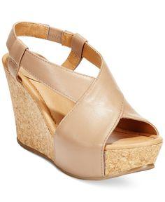 Kenneth Cole Reaction Women's Sole Cross Platform Wedge Sandals