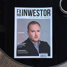 Sesja wizerunkowa - zdjęcie na okładkę czasopisma. Periodyk o tematyce finansowej. Projekt realizowany w Studio Zygzak. Przepraszam za jakość zdjęcia w portfolio - zrobione smartfonem :)