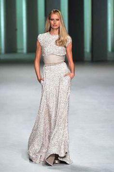 Elie Saab. If I was rich, I'd own every one of his pieces. Love.