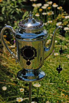 Garden Art Teapot Poke (Whimsies, sun catcher, up-cycling recycled garden art Decorative)
