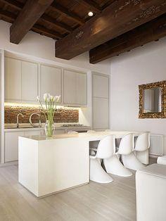 Cozinha e Copa com mescla de Design Arrojado e Clássico