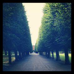 Kongens Have #Copenhagen - perfect place to hang out (by unknown) http://www.visitcopenhagen.com/copenhagen/nature/top-10-gardens-parks
