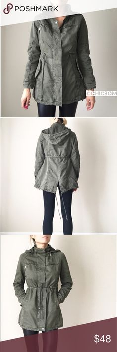"""Utility jacket. FALL MUST HAVE Fully lined jacket with removable hoodie. Waist drawstring. Back split hem with drawstring. Zip pockets and button pockets .Field Military Jacket. Full lined jacket. Hooded. Zip and button pockets . String tie. Split hem. 100% fully thick cotton blend. Size S: long:29"""", bust:38"""" w:38"""". Size M:29""""/39/39"""". Size L:30""""/40""""/40"""".size XL: 31""""/41""""/41"""".  With pattern elbow. Twill jacket, field utility jacket, military jacket CHICBOMB Jackets & Coats Utility Jackets"""