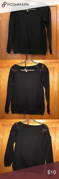 Lace shoulder sweat shirt. Cute lace shoulder sweat shirt. WINDSOR Tops Sweatshirts & Hoodies