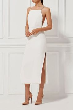Vestido Midi: Descubra looks perfeitos para arrasar nas festas e no dia a dia! Trendy Dresses, Elegant Dresses, Cute Dresses, Beautiful Dresses, Casual Dresses, Fashion Dresses, Prom Dresses, Formal Dresses, Awesome Dresses