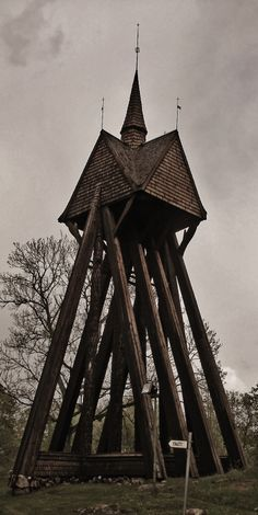 In Scandinavia, these belltowers are a very common sight at the side of churches in the countryside. Even if the churches very often were made of stone, these towers remained their scandinavian Stave inspired construction when they were built in the early middle age.