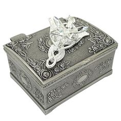 Ruimeng Silver Plated Lord of the Rings Arwen's Evenstar Pendant Necklace with Jewelry Box Women,Girls Ruimeng http://www.amazon.com/dp/B00P5Z47H2/ref=cm_sw_r_pi_dp_RWkhvb1THHHQ8