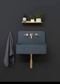 La marque britannique Kast Concrete Basins a dévoilé une nouvelle série de lavabos à motifs appelée Kast Canvas. La collection comprend trois modèles qui e