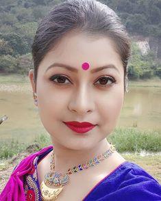 Beautiful Girl Photo, Beautiful Girl Indian, Most Beautiful Indian Actress, Beautiful Lips, Beautiful Saree, Beauty Full Girl, Beauty Women, Beautiful Housewife, Indian Girl Bikini