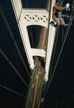 Painting The Mackinaw Bridge these guys work every day, every summer....I get scared just driving it
