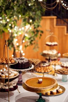 YES!!! I like the idea of a Wedding-Pie-Dessert-Table... with mini caramel apples, and pumpkin cheesecake cupcakes because I actually don't like cake!!!
