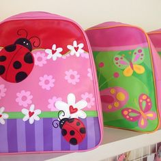 Who's on the countdown til School or kinder goes back? Backpacks & lunchboxes galore avail in store and online!! The cutest designs ever!!!! #backpacksforkids #lunchboxes #kinder #daycare #drinkbottles #shop3280 #shoplocal #warrnambool by loveleelittleones