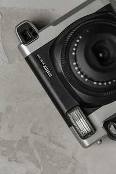 10x07 Das Fotospiel vereint kreative Fotoaufgaben für eure Gäste, mit einem Polaroidverleih.  Einfach ein Paket wählen, Filme dazubestellen und wir schicken euch das Fotospiel und die Kameras. Eure Gäste werden es lieben und ihr bekommt einzigartige, ganz echte, ganz analog Momente als Erinnerung.  #dasfotospiel #10x07 #10x07dasfotospiel  #hochzeit #spiel #gäste #fotos #fotobox #fotospiel #kreativ #analog #einzigartig #hochzeitsspiel #polaroid #kamera #fotografie #hochzeitsfoto Movie, Renting, Unique, Simple