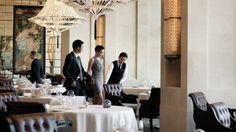 Hong Kong Restaurant & Bar   Four Seasons Hotel Hong Kong