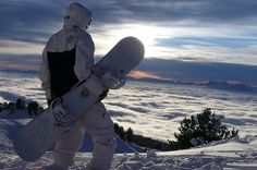 GRAND THEFT AUTO V ONLINE WINTER SPORTS DLC - EXTREME SNOWBOARDING, SENSATIONAL SKI JUMPING