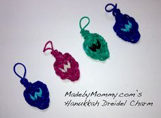 A Hanukkah Dreidel Charm made on the Rainbow Loom!
