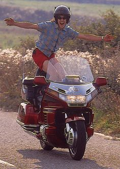 Oli was so chuffed to discover the Goldwing had cruise control he had a little boogie with the stereo cranked up. Goldwing Trike, Motos Honda, Honda Motors, Mopeds, Cruise Control, Motorcycles, Wings, Pictures, Photos