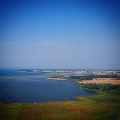 Emtekær Nor #visitfyn #fyn #nature #visitdenmark #naturelovers #nofilter #natur #denmark #danmark #dänemark #landscape #nofilter #assens #mitassens #vildmedfyn #fynerfin #vielskernaturen #visitassens #instapic #picoftheday #sommer #sky #august #sea #emtekærnor #strand #sailing #lillebælt