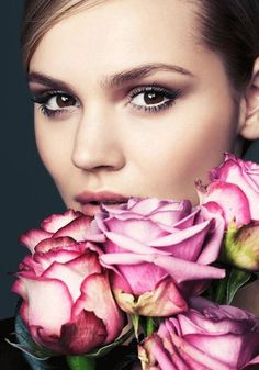 maybelline:  Spring has officially sprung.