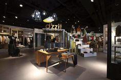 Mẫu thiết showroom thời trang đẹp, ấn tượng, thể hiện phong cách và cá tính showroom của bạn