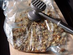 Tort grilias cu ciocolata si nuci caramelizate | Savori Urbane Recipies, Pork, Dessert Recipes, Meat, Cakes, Food, Recipes, Kale Stir Fry, Cake Makers
