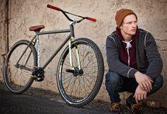 Bmx Handlebars, Bmx Bikes, Cool Bikes, Bici Fixed, Velo Design, Hardtail Mountain Bike, Retro Bicycle, Cafe Bike, Cruiser Bicycle