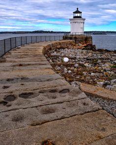 portland-breakwater-bug-lighthouse, me