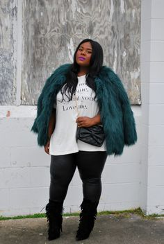 Musings of a Curvy Lady, Fashion Blogger loves our quilted crossover bag