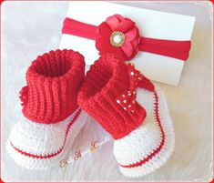 How You Can Macrame Begin With These, When You Are Novice By Zazok - Diy Crafts - hadido Baby Booties Knitting Pattern, Crochet Shoes Pattern, Baby Shoes Pattern, Crochet Baby Booties, Baby Knitting Patterns, Crochet Baby Sandals, Baby Boy Shoes, Baby Sweaters, Diy Crafts