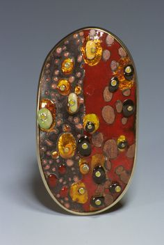 Tzu Ju Chen: Kllimt's Ovals, brooch, 0.3 X 1.75 X 2.27 inches.Copper, silver, 18k yellow gold and enamel. 2000 photo by Karen Philippi