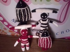 Pueblos originarios - Selknam Patron Crochet, Punch Needle, Plush, Symbols, Culture, Dolls, Christmas Ornaments, Holiday Decor, Inspiration