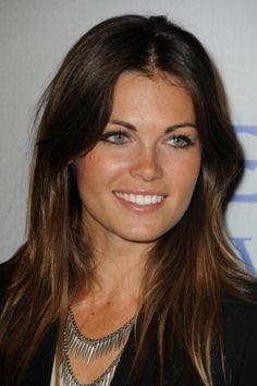 Kate French, so pretty! Beauty Makeup, Hair Makeup, Hair Beauty, Kate French, Beauty Around The World, French Hair, Celebrity Portraits, Celebs, Celebrities