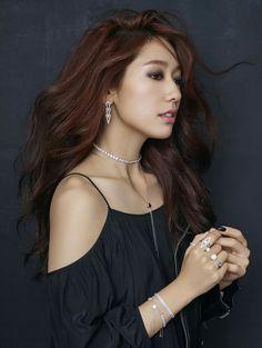 Park Shin Hye rocks both sexy and pure for jewelry brand 'Swarovski'