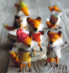 Roost Foxy Fellows