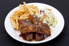 BBQ Ribs and Fries at Pig'N Whistle - 6714 Hollywood Boulevard #PigNWhistleHW #Hollywood #HollywoodBoulevard #HollywoodBlvd #BbqRibs #Ribs #Barbecue #Fries #DHmagazine