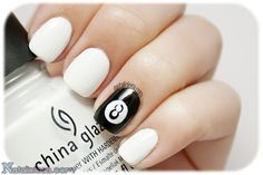 8 ball nail art, it's super easy! It's done just with dots, try it :D!