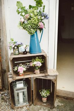 rustic country wooden crate wedding idea / http://www.deerpearlflowers.com/country-wooden-crates-wedding-ideas/2/