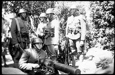 Nederlandse militairen 1940 | Flickr Mei, World War Two, Netherlands, Dutch, Army, Military Photos, Holland, Soldiers, The Nederlands