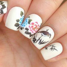 Beautiful realistic nailart #nailart #bird #floral