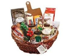 Wisconsin Gifts Christmas Basket #WisconsinMade