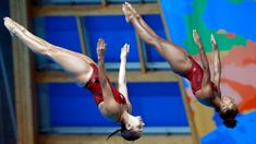 Jennifer Abel (right) and Pamela Ware compete at the FINA World Championships in diving (Kazan, Russia) on July 25, 2015.