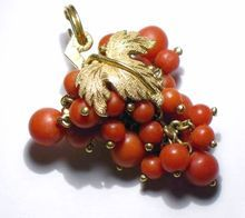 Losely Clustered Grapes in 18K Yellow Gold, Natural Red Coral Charm/Pendant.