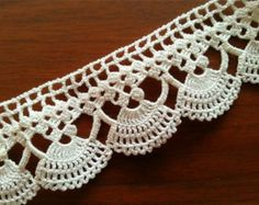 Vintage Lace Edge Crocheted Cotton by CuteTraditonalThings on Etsy Crochet Edging Patterns, Crochet Lace Edging, Crochet Borders, Lace Patterns, Crochet Trim, Easy Crochet, Crochet Flowers, Crochet Stitches, Free Crochet