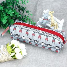 Amazon.com: Giwox(TM) Cute Design Pu Leather Pencil Case Practical Pouch Bag Zipper Handbag with Lovely Monkey Pattern Printing: Sports & Outdoors