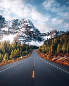 Impressive And Beautiful Roads Pictures Landscape Photos, Landscape Photography, Nature Photography, Travel Photography, Photography Backgrounds, Photography Lighting, Canon Photography, Iphone Photography, Product Photography