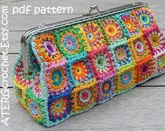 Crochet pattern PURSE 'L' petite squares by Granny Square Häkelanleitung, Granny Square Crochet Pattern, Crochet Granny, Crochet Shell Stitch, Crochet Stitches, Crochet Hooks, Crochet Coin Purse, Crochet Purses, Crochet Purse Patterns