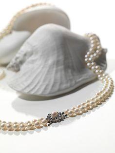Perlenkette Auktion für Schmuck, Armband- und Taschenuhren. 14. November 2017. Wunderschönes Angebot, tiefe Startpreise! Jetzt profitieren!