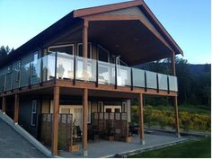 Harmony Ridge Lake Cowichan (British Columbia) Boasting panoramic lake and mountain views, Harmony Ridge is 2 km from Lake Cowichan Town. Free WiFi, a private furnished patio and a spa bath are featured.